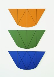 "Robert Mangold, ""Series : central diagonal II (V Series)"", 1968, ""Series : central diagonal II (W Series)"", 1968, ""Series : central diagonal II (X Series)"", 1968, acrylique sur isorel"