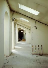 Vue de l'hôtel de Caumont, 2000, oeuvres de Andre Cadere, © André Morin